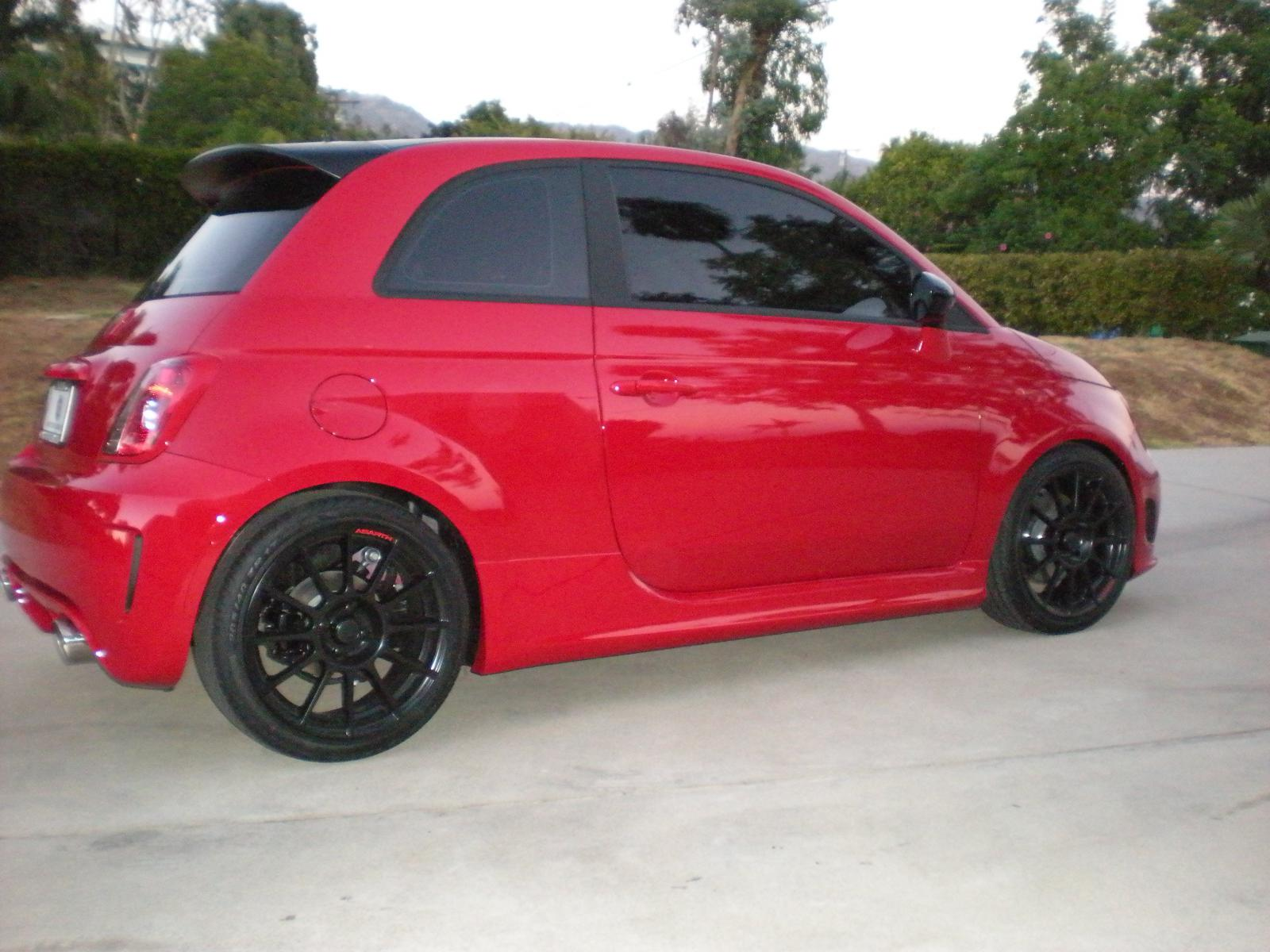fs 2012 abarth rosso ext int red black leather seats. Black Bedroom Furniture Sets. Home Design Ideas
