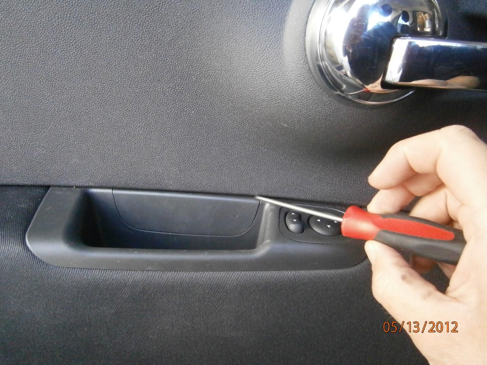 How To Remove 2012 Fiat 500 Door Panel