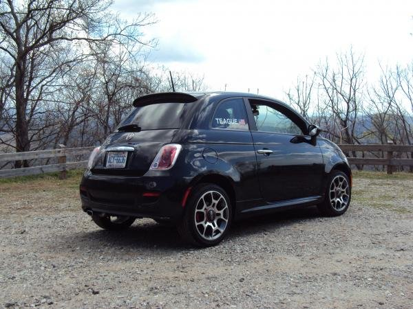 Showcase cover image for Back in Black's 2012 Fiat 500